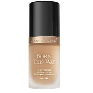 Too Faced Born this Way foundation (snow)
